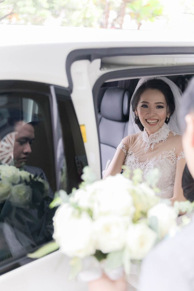 Beautiful Wedding by Priority Rent car - 001