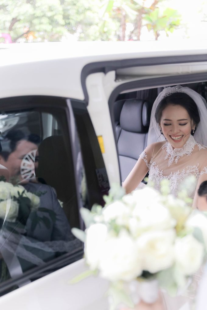 Beautiful Wedding by Priority Rent car - 017