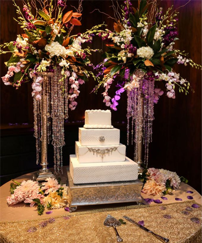 Cakes by Casablanca Bridal And Tuxedo - 002