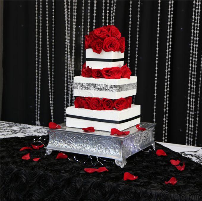 Cakes by Casablanca Bridal And Tuxedo - 005