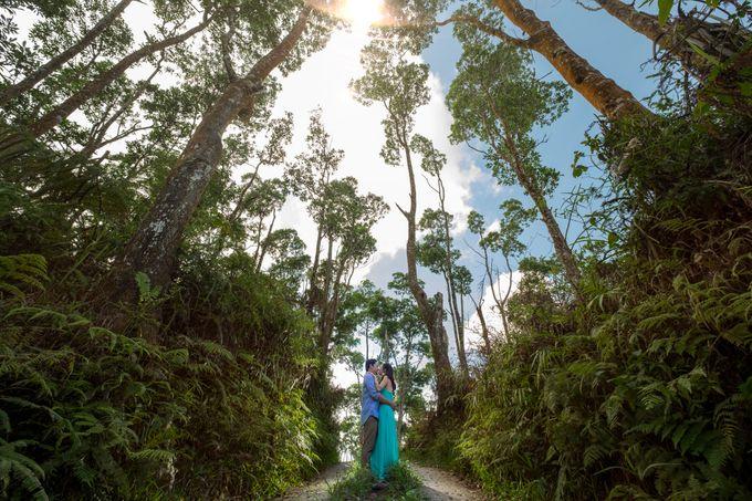 GABRIEL & TARA ENGAGEMENT by Aying Salupan Designs & Photography - 003