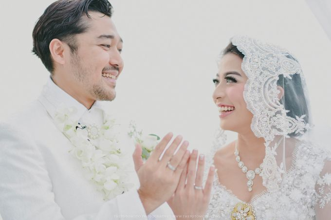 Ayu Hastari & Ryoichi Hutomo Wedding Day by Thepotomoto Photography - 024