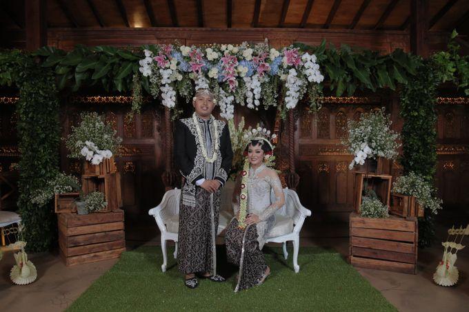 LIVIA & ADI PLATARAN DHARMAWANGSA by Catalina Flora - 039