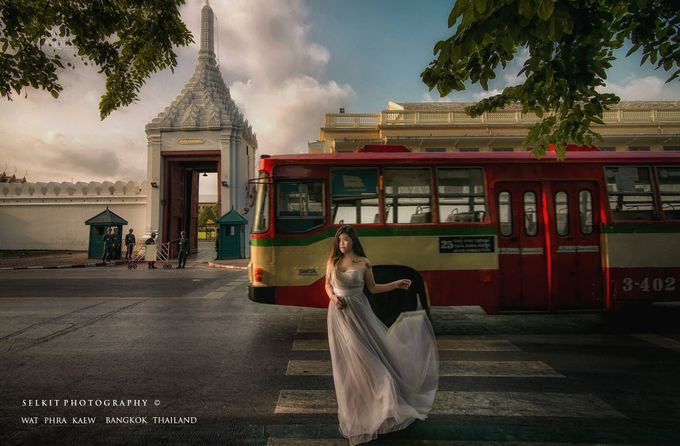 Bride portrait in Thailand by SELKIT  PHOTOGRAPHY - 001