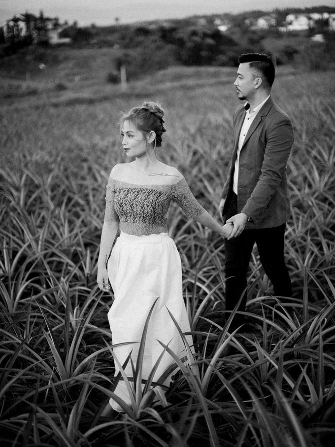 Adrian and Ehm Engagement Session by Bride Idea - 036