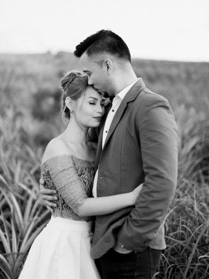 Adrian and Ehm Engagement Session by Bride Idea - 039