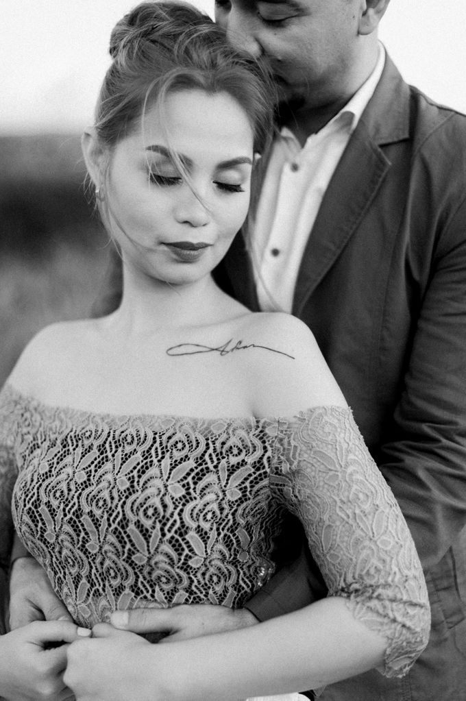 Adrian and Ehm Engagement Session by Bride Idea - 042