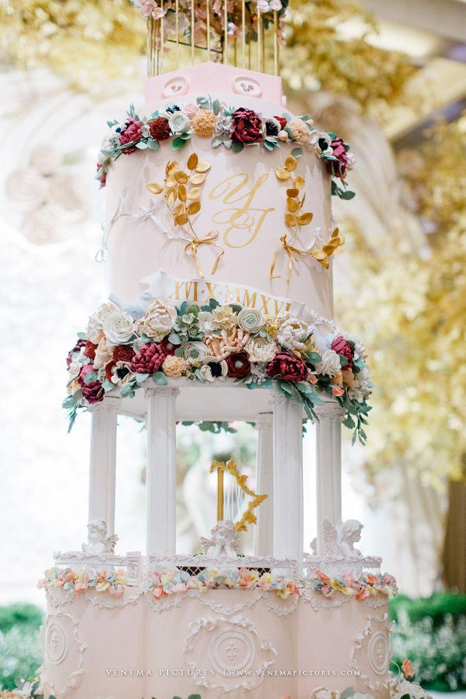 Luxurious Garden Theme - Sheraton Grand Jakarta by Ivoire Cake Design - 002