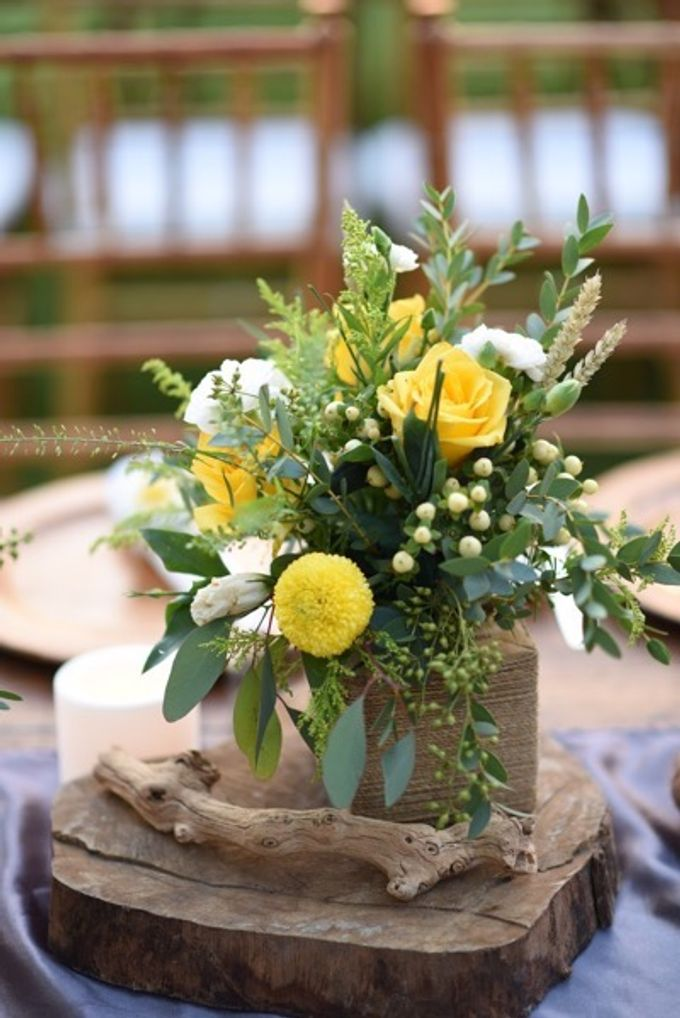 Cheerfulness Yellow at Pandawa Cliff Estate by Flora Botanica Designs - 026
