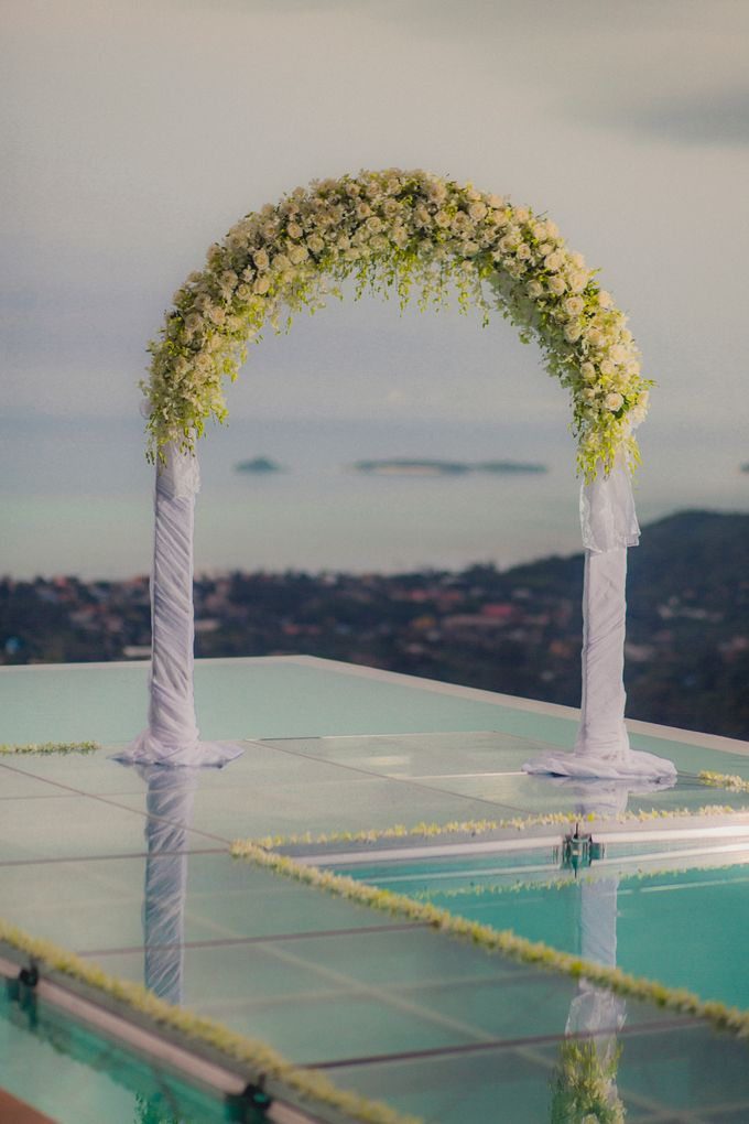 Over Water Wedding by Dream Asia Weddings - 001