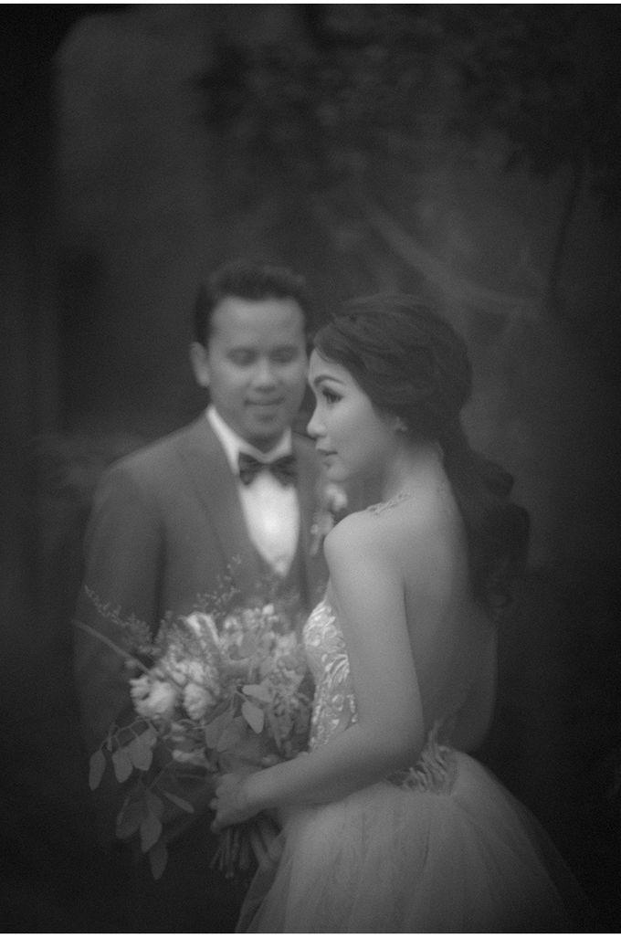 Angga & Stephanie Wedding by Reynard Karman Photography - 039