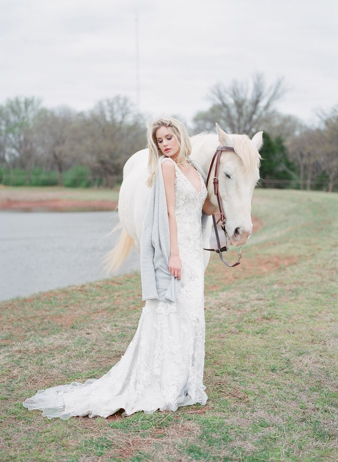 English Country Bridal Inspiration by Amanda Watson Photography - 018