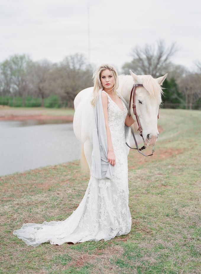 English Country Bridal Inspiration by Amanda Watson Photography - 020