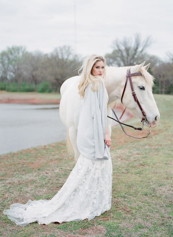 English Country Bridal Inspiration by Amanda Watson Photography - 022