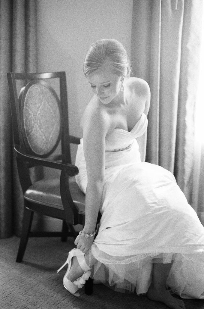 City Chic Navy & Gold Wedding by Amanda Watson Photography - 010
