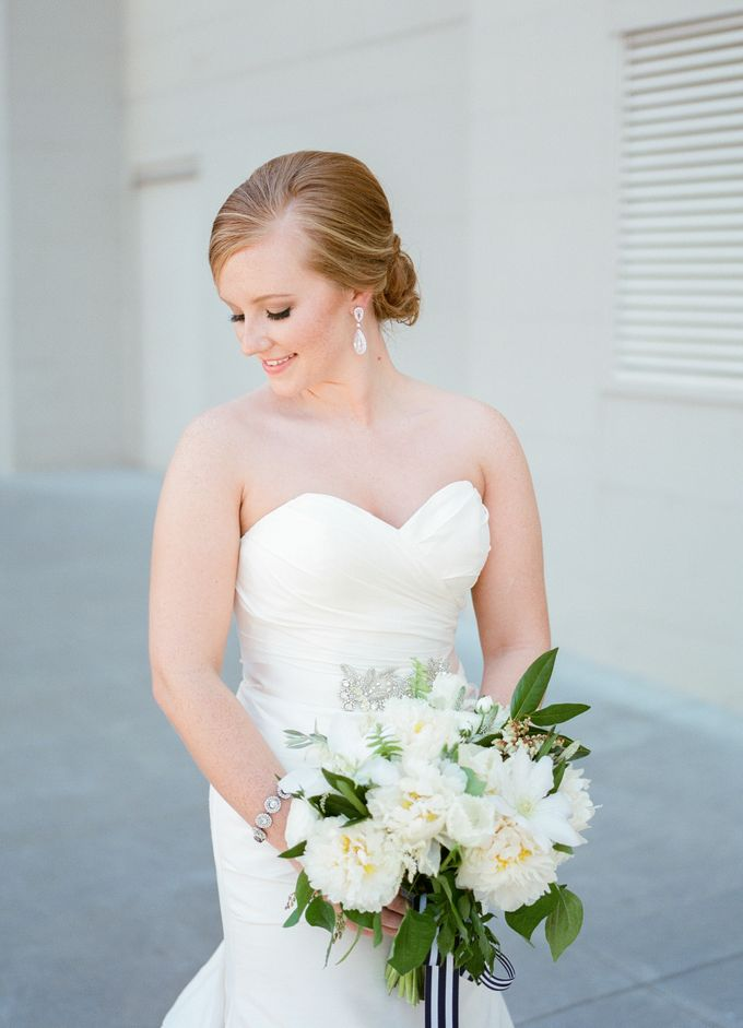 City Chic Navy & Gold Wedding by Amanda Watson Photography - 025