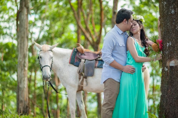 GABRIEL & TARA ENGAGEMENT by Aying Salupan Designs & Photography - 009