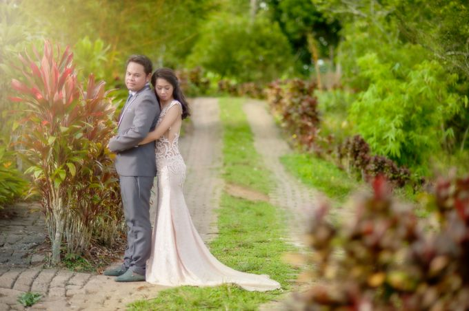 GABRIEL & TARA ENGAGEMENT by Aying Salupan Designs & Photography - 012