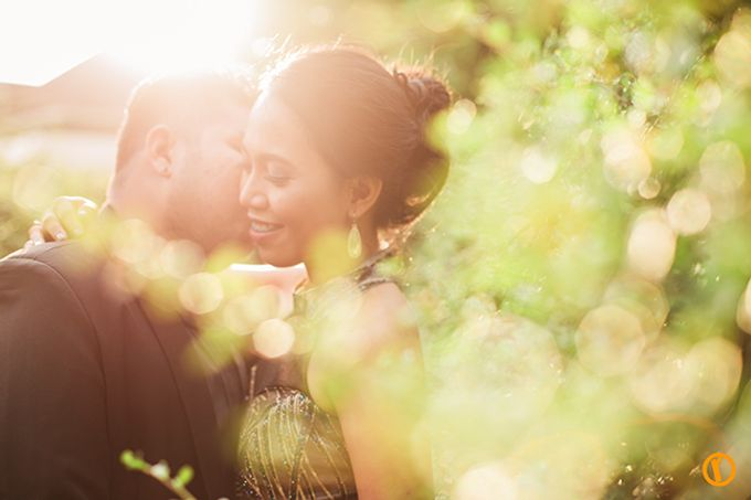 Aron and Mia Metro Manila Engagement by Victor Reyes Photography - 017