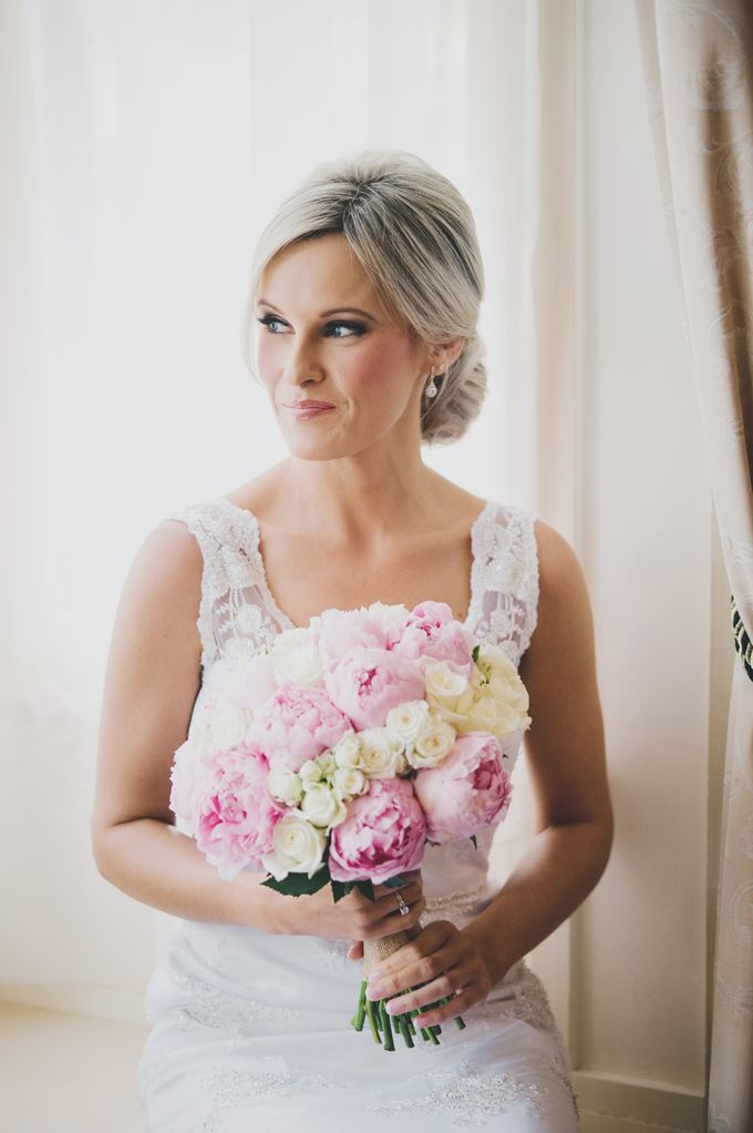 Perfect day for a beautiful bride  Shari by Charme Makeup Artistry - 005