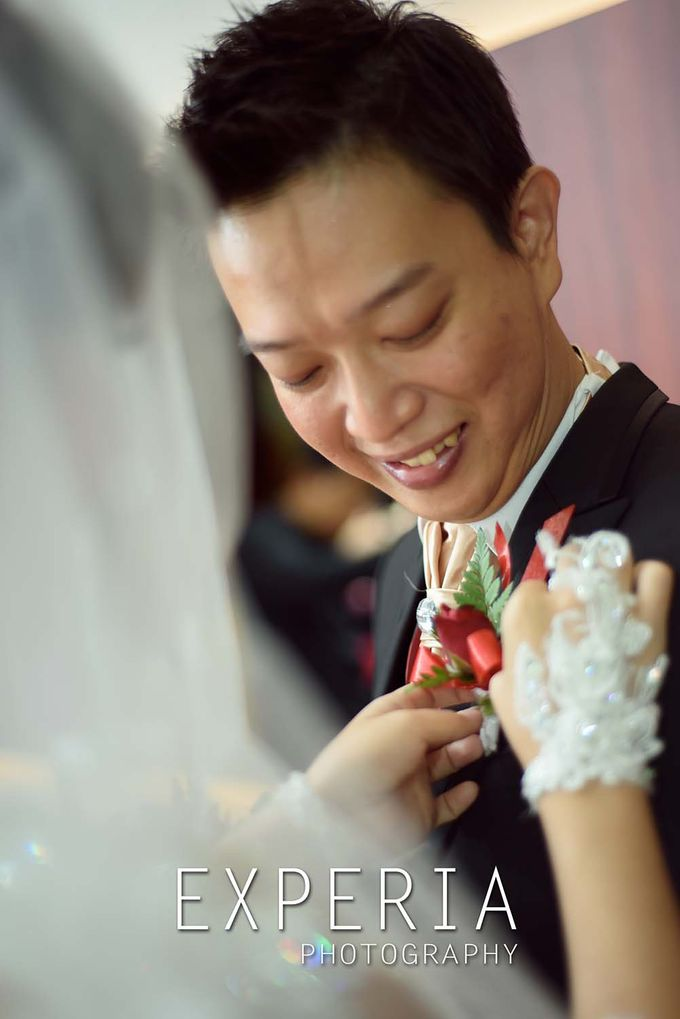 Ade & Ita Wedding Day by Experia Photography - 005