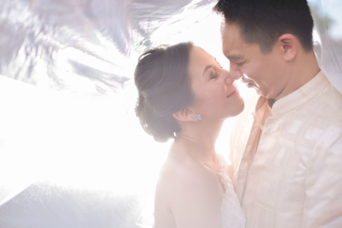 Weddings and Engagement by Aika Guerrero by Aika Guerrero Photography - 010