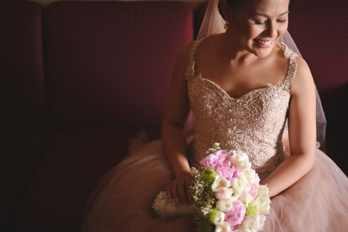 Weddings and Engagement by Aika Guerrero by Aika Guerrero Photography - 011
