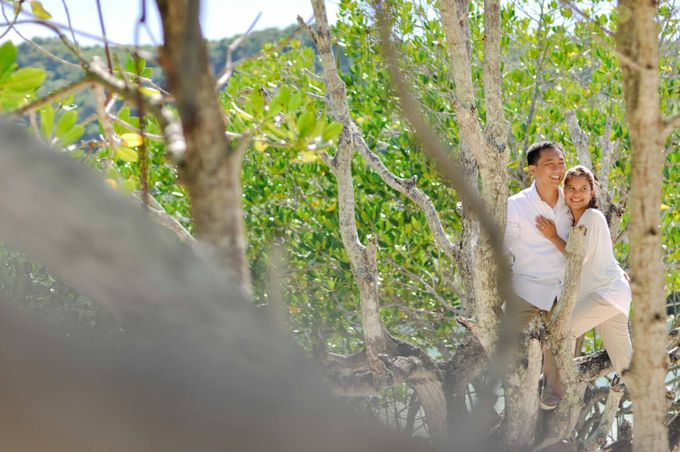 Weddings and Engagement by Aika Guerrero by Aika Guerrero Photography - 021