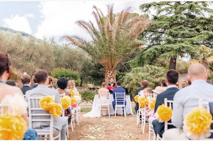 Al Fresco wedding with symbolic ceremony in a beautiful villa in Tuscany by PURE wedding photography - 012