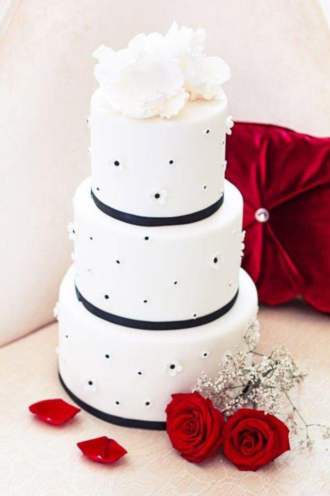 Add To Board Classic Wedding Cakes By LA BONNIE PASTRIES PTE LTD