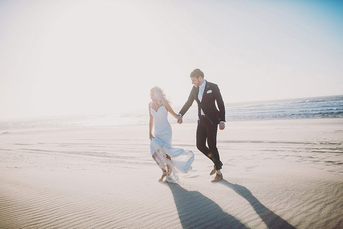 KELLY & MARTIJN ON THE BEACH by Ana Gregorič photography - 034
