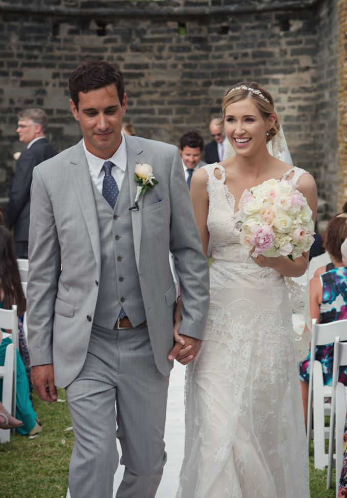 Wedding in tropical island ruins by Maria Elena Headpieces Australia - 012