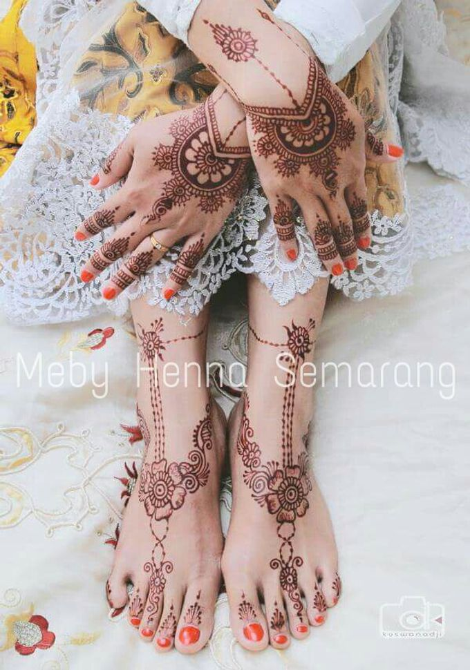 Ethnic Red Henna by Meby Henna Art - 012