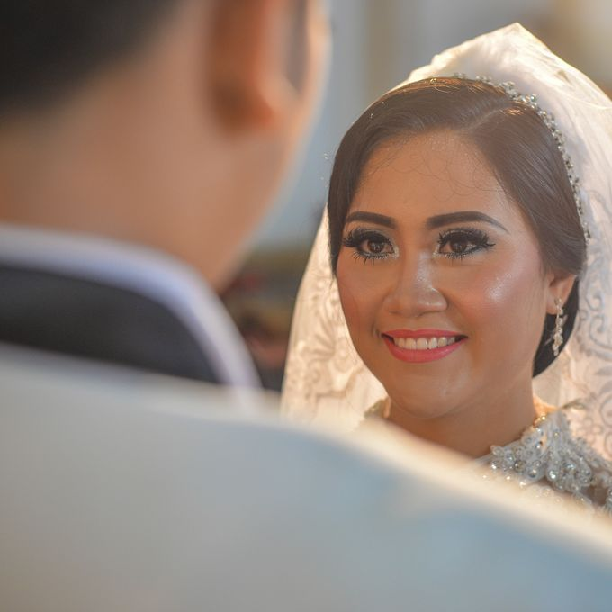 Courtesy of Wedding Day Ningsih and Aji by RWP Photocinema - 003