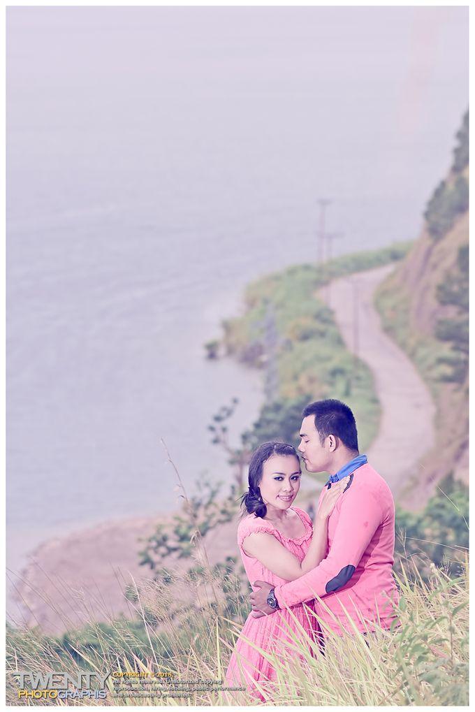 Prewedding Andreas & Ester by TWENTY PhotoGraphis - 008