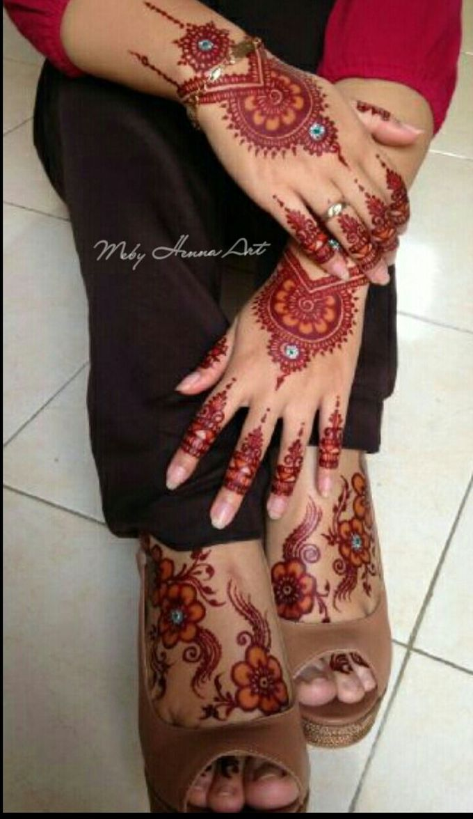 Ethnic Red Henna by Meby Henna Art - 017