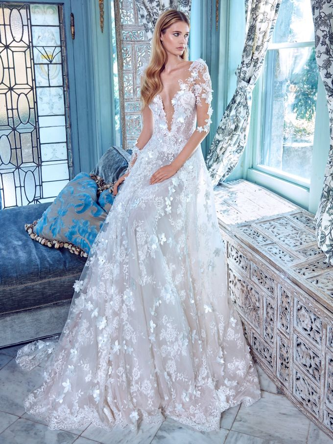 Galia Lahav - Spring 2017 Le Secret Royal Collection by The Proposal - 002
