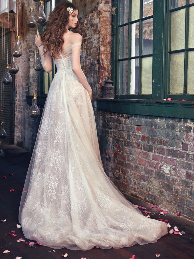 Spring-Summer 2016 Les Reves Bohemiens Collection by The Proposal - 002