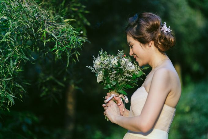 Floral & Garden Wedding Photoshoot by Après Makeup - 007