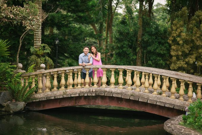 Laid-Back Engagement Session by MR Villar Photography - 043