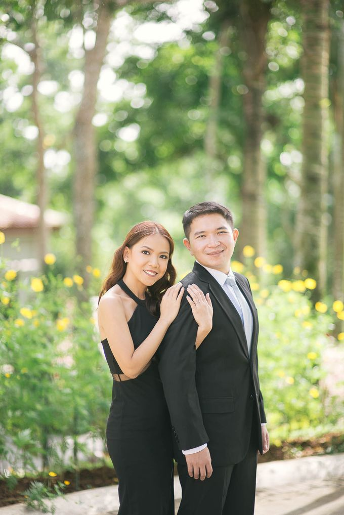 Laid-Back Engagement Session by MR Villar Photography - 004