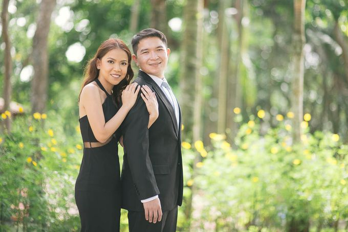 Laid-Back Engagement Session by MR Villar Photography - 005