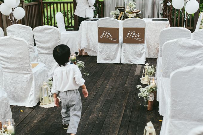 A White Rustic Wedding For Vernon and Jayne by MerryLove Weddings - 005