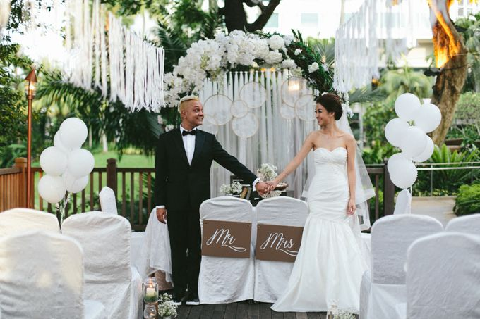 A White Rustic Wedding For Vernon and Jayne by MerryLove Weddings - 007