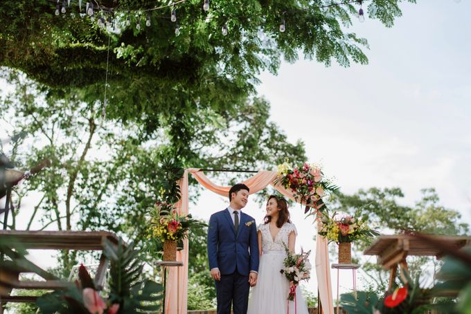 Lovely Industrial Backdrop Styled Shoot by LITTLE ISLAND BREWING CO. - 030