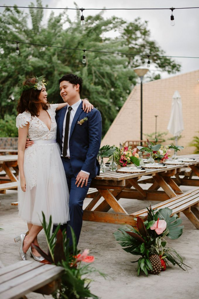 Lovely Industrial Backdrop Styled Shoot by LITTLE ISLAND BREWING CO. - 034