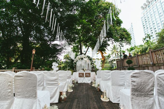 A White Rustic Wedding For Vernon and Jayne by MerryLove Weddings - 012