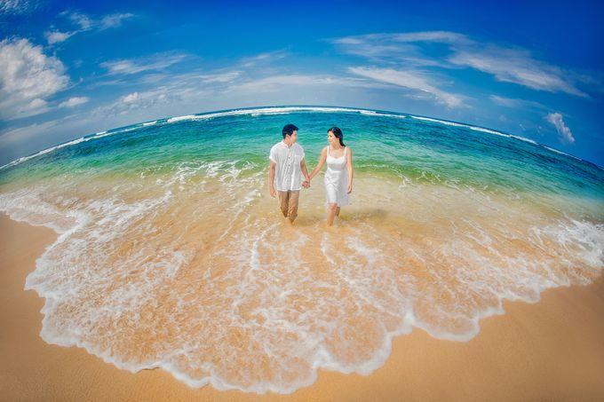 Destination Beach Wedding by Ron Garcia Photography - 004