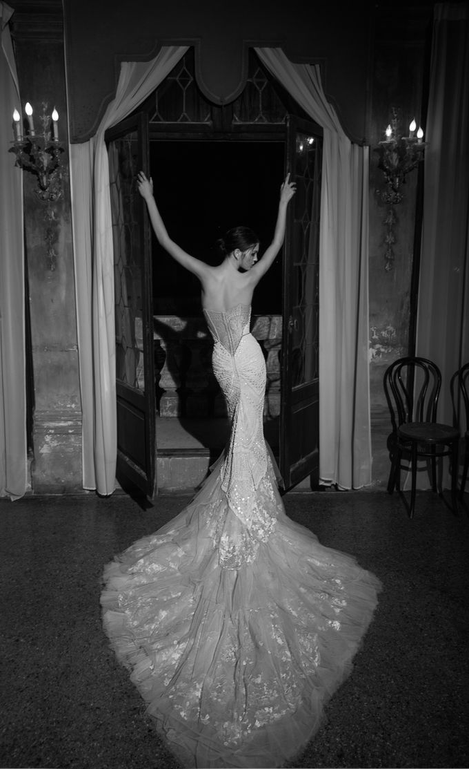 Inbal Dror by Truly Enamoured - 009