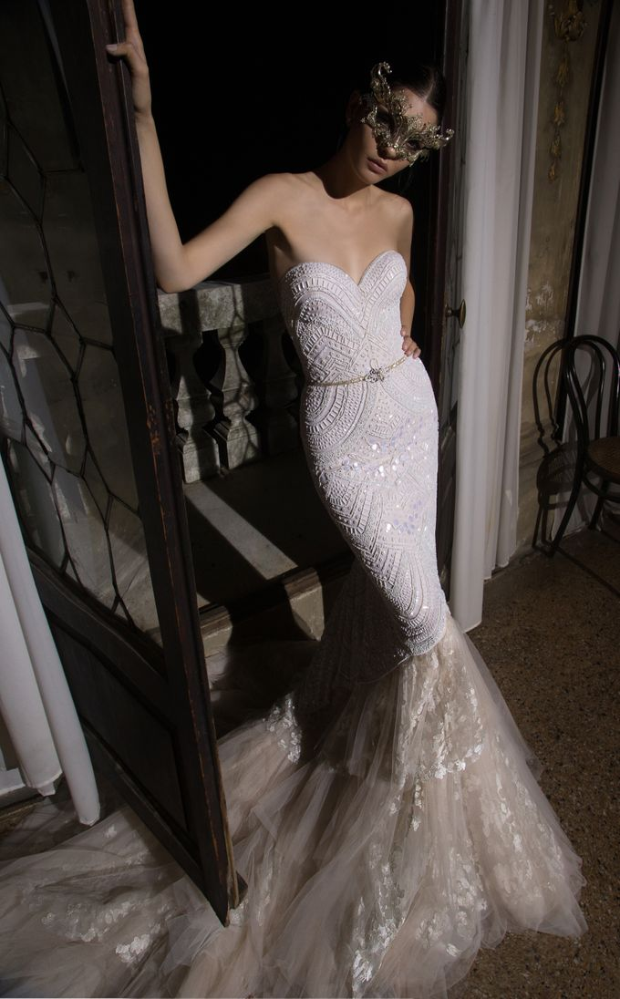Inbal Dror by Truly Enamoured - 010
